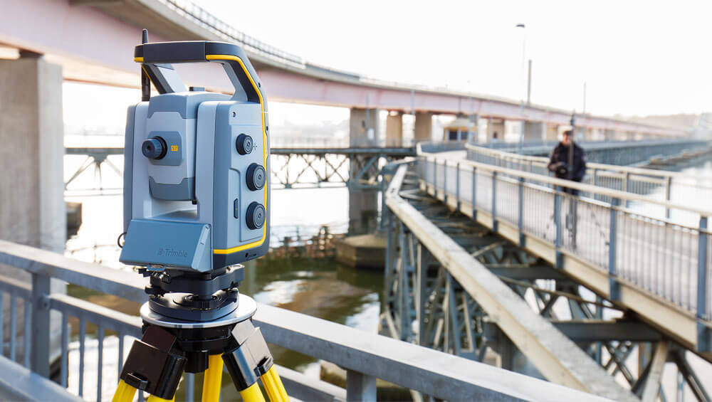 Trimble-S7-Total-Station-1
